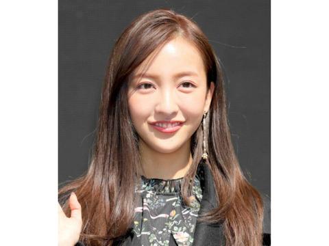元AKB48の板野友美、人生が変わる1分間の深イイ話で妊娠を発表