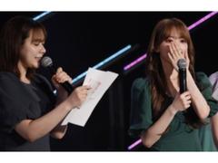 宮脇咲良、HKT48卒業を発表 指原莉乃からのサプライズに大粒の涙